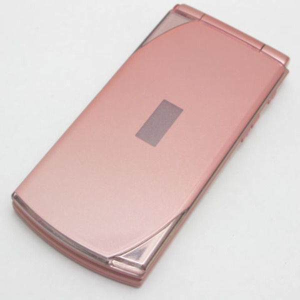 docomo STYLE series F-10C [COSMETIC PINK]