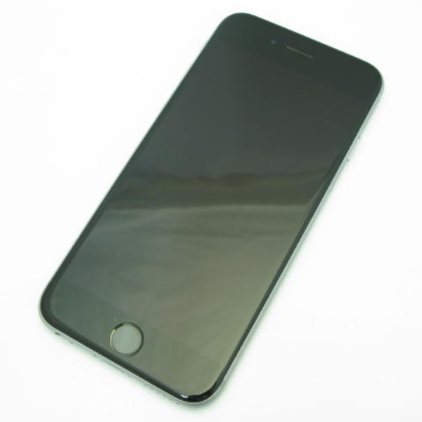 iPhone 6s 64GB SoftBank [スペースグレイ]