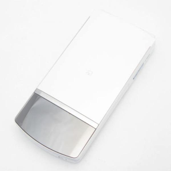 docomo N-01F [WHITE]