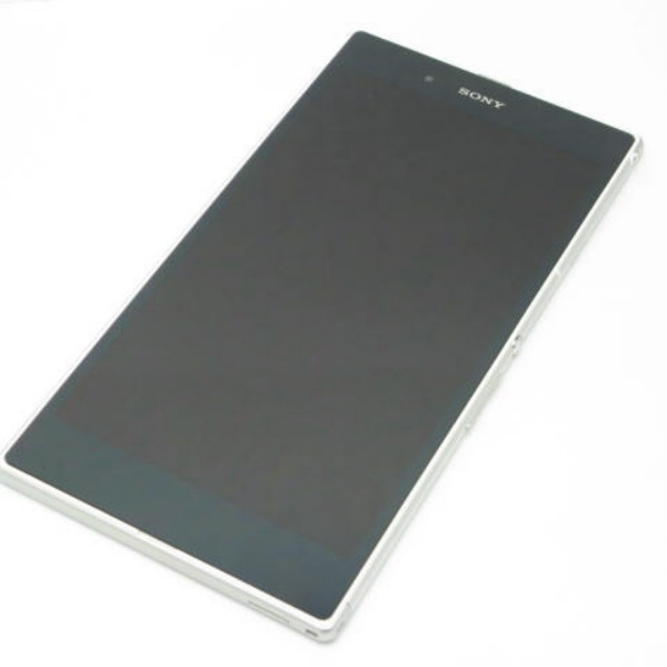 Xperia Z Ultra SOL24 au [ホワイト]