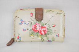 Cath Kidston(キャスキッドソン) 花柄 フラワー 二つ折り財布 白 ホワイト ビニールコーティング/