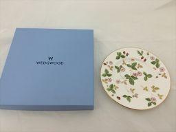 WEDGWOOD(ウェッジウッド) ワイルドストロベリープレート 白×多色 陶器 【ブランド小物】 【中古】