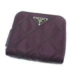 プラダ ロゴプレート ステッチデザイン 二つ折り財布(小銭入れあり)レディース