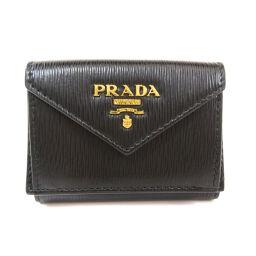 プラダ 三つ折り財布 ロゴプレート 二つ折り財布(小銭入れあり)レディース