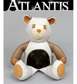 Ginza Store Louis Vuitton Teddy Bear Dudu Louis Figure Mascot Monogram Interior White x Beige