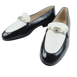 CHANEL Coco Mark A07390 V01607 Enamel x Calf Beige 97P Engraved Ladies Loafers [Used]