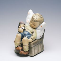Goebel Nur ein Viertelstundchen Just Dozing size: H10.5cm / Figurine Ceramic object [Used] A + rank