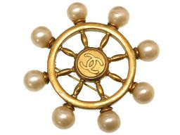 シャネルCHANEL 舵輪 ハンドル ココマーク ヴィンテージ ブローチ フェイクパール/メタル ゴールド 0088 ユニセックス