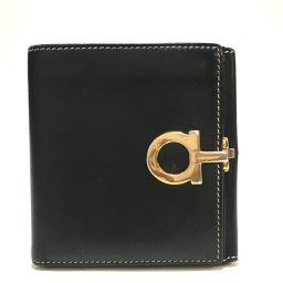Salvatore Ferragamo サルヴァトーレフェラガモ   メンズ レディース ガンチーニ 短財布 二つ折り財布(小銭入れあり) レザー ブラック×ゴールド金具 ユニセックス