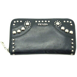 PRADA Prada 1M0506 Round zipper Soft calf x studs Ladies wallet DH65446 [Used]