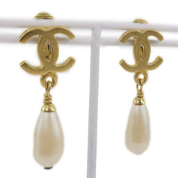 CHANEL Chanel Coco Mark Teardrop Fake Pearl x GP 95P Engraved Women's Earrings [Used]