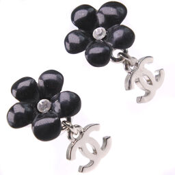 CHANEL Flower Motif / Floral Pattern Coco Mark Rhinestone 05P Engraved Women's Earrings [Used] A-Rank