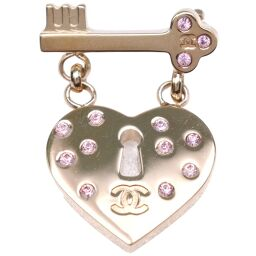 CHANEL Heart / Key Motif GP x Rhinestone 02P Engraved Ladies Brooch [Used] A rank