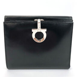 Salvatore Ferragamo Bi-Fold Wallet AQ-221203 Gancio Patent Leather Black [Used] Ladies