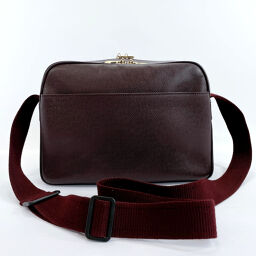 LOUIS VUITTON Louis Vuitton Shoulder Bag M30156 Reporter PM Taiga Wine Red (Akaju) [Used] Men's