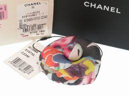 CHANEL【シャネル】 A72465 カメリア ブローチ キャンバス/PVC レディース