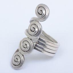 【】 デザインリング シルバー スパイラル (記) リング・指輪  レディース